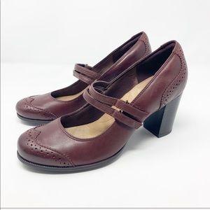 Clarks • Claeson Tilly Mary Jane Pump Heels 9